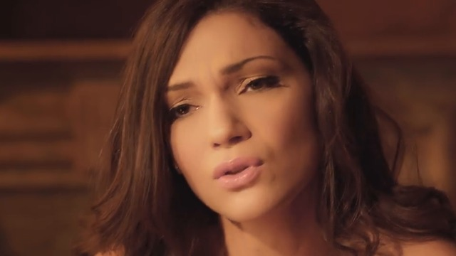 Marina Aggelou - Isos Den Ksereis _ Official Video Clip
